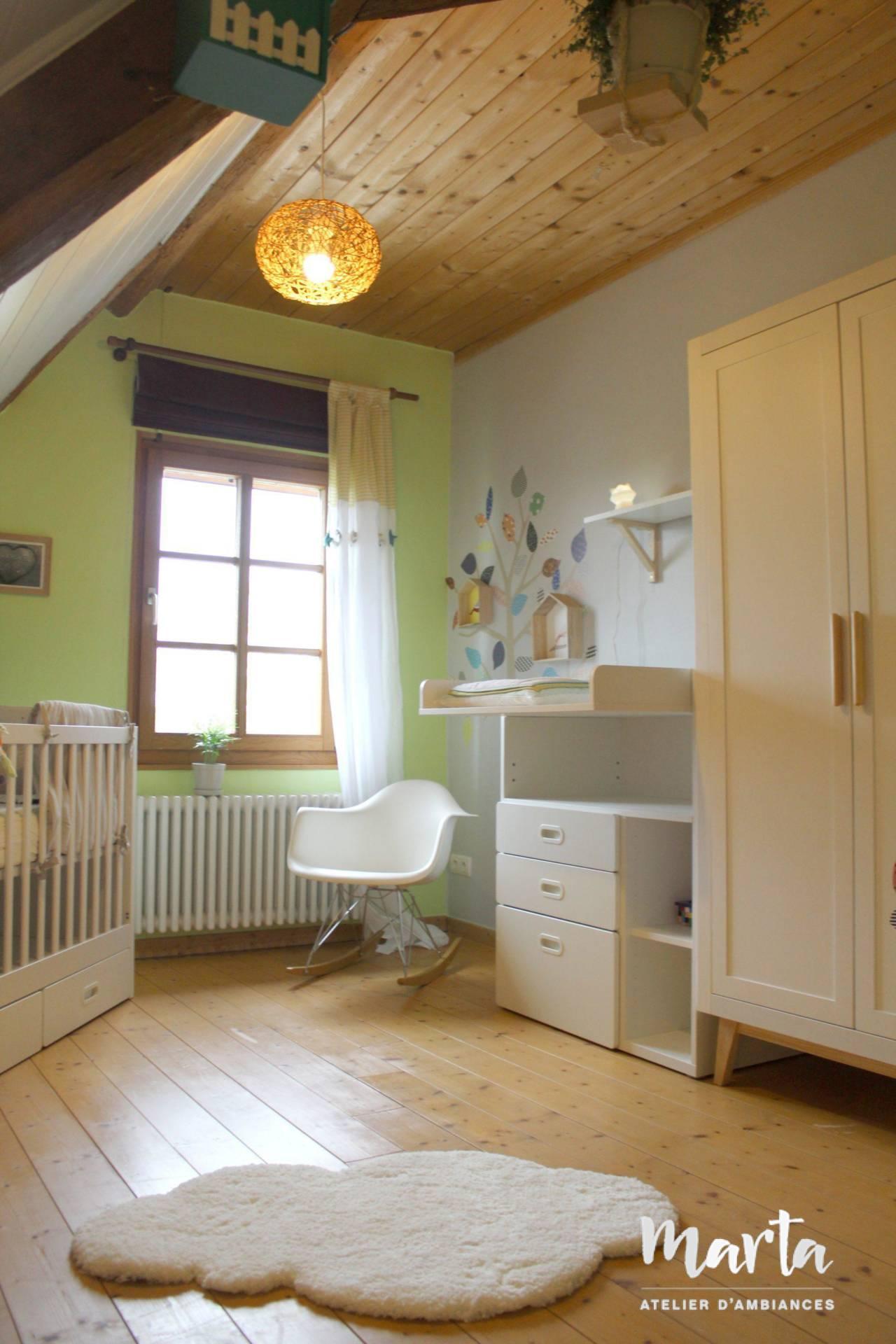Vue sur l'ensemble de la chambre, par Marta Atelier d'Ambiances, Architecte d'intérieur à Mulhouse, Alsace