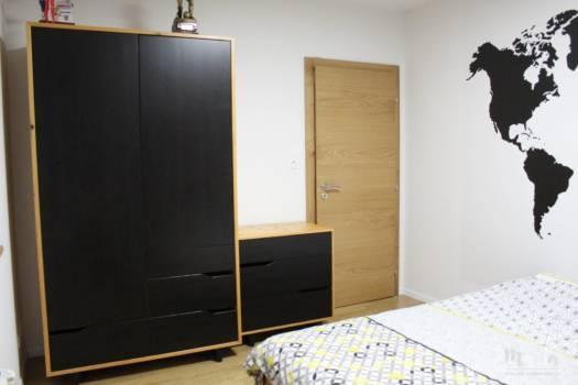 3. Anciens meubles s'intègrent bien avec nouvelle déco de la chambre