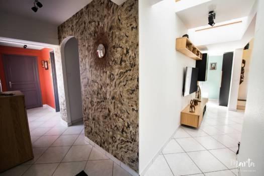 Vision sur l'entrée et salon ,par Marta Atelier d'Ambiances, Architecte d'intérieur à Mulhouse, Alsace