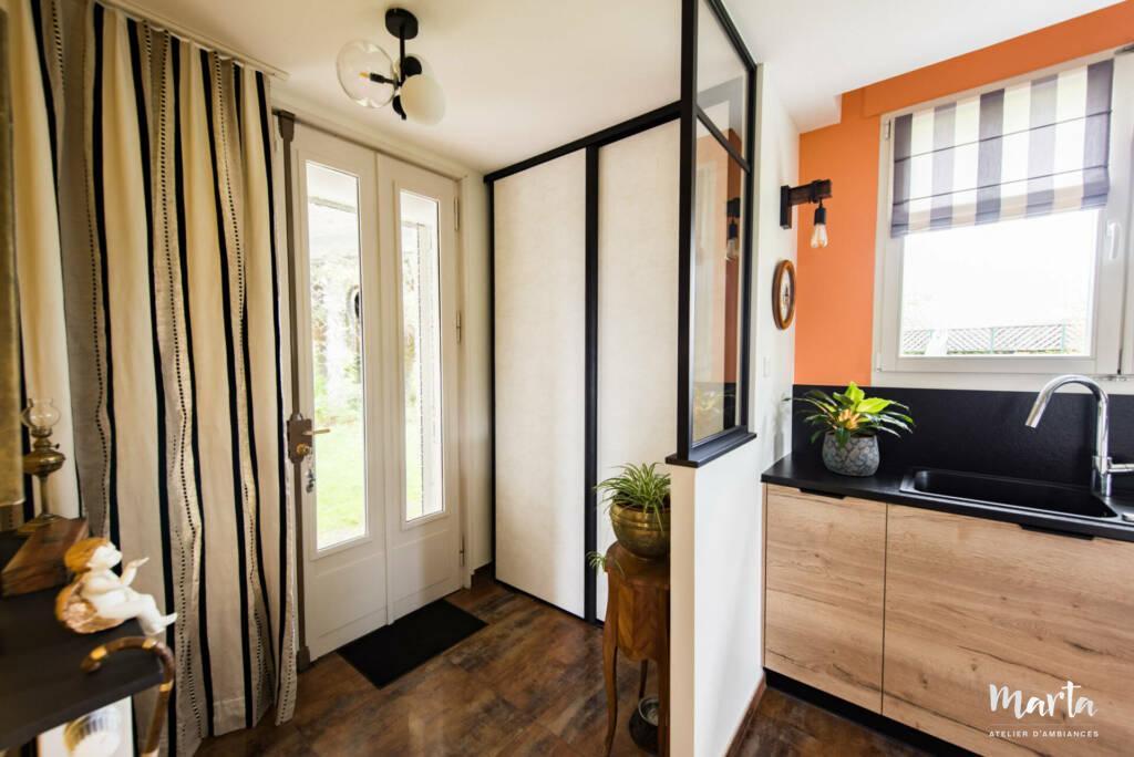 Mi muret séparant la cuisine et l'entrée par Marta Atelier d'Ambiances, Architecte d'intérieur à Mulhouse, Alsace